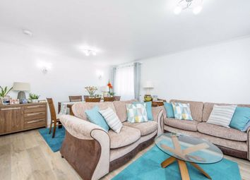 3 bed flat for sale in Hamlets Way, London E3