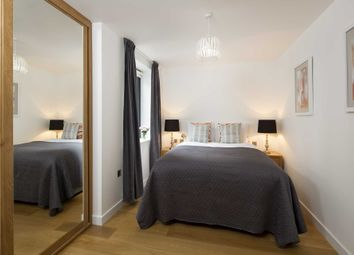 Thumbnail 1 bed flat to rent in North Tenter Street, London