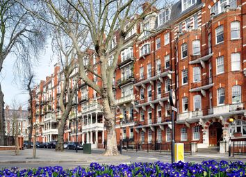 Thumbnail 3 bedroom flat to rent in 14A Campden Hill Court, Campden Hill Road, London