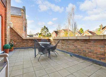 Thumbnail 2 bed flat for sale in Mortley Close, Tonbridge, Kent