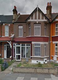 Thumbnail 1 bedroom flat to rent in Oakfield Road, East Ham