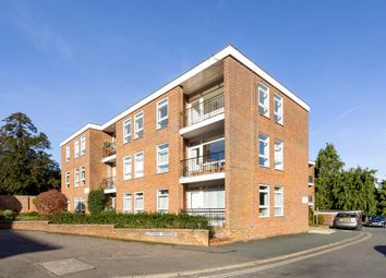 Thumbnail 2 bed flat to rent in Elmtree Court, Great Missenden