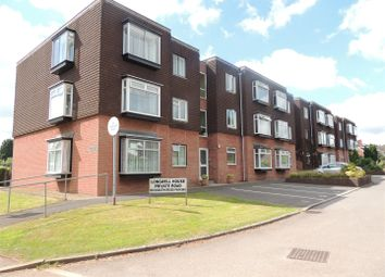 Thumbnail 2 bedroom flat to rent in Bath Road, Longwell Green, Bristol