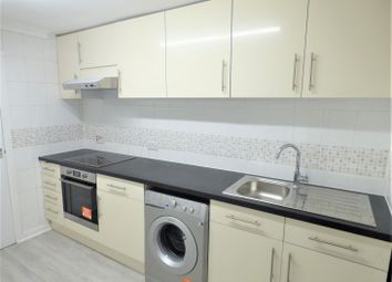 2 bed maisonette to rent in Roman Road, London E3