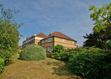 Thumbnail 1 bedroom flat to rent in Hove Close, Grays