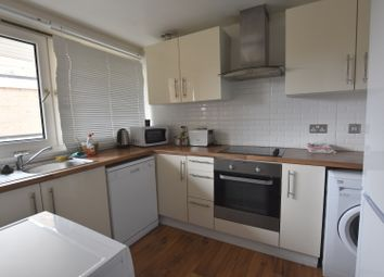 Thumbnail 5 bed maisonette to rent in Evenwood Close, Putney
