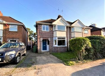 Cheshire Ave, Shirley, Solihull B90. 3 bed semi-detached house