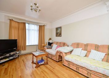 3 bed property for sale in Cotswold Gardens, Plashet, London E6