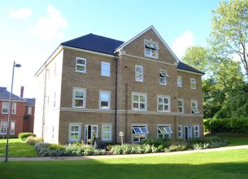 Thumbnail 2 bed flat for sale in Richmond Crescent, Epsom