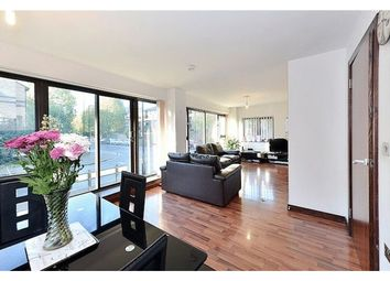 Thumbnail 2 bed flat to rent in Deptford Ferry Road, London