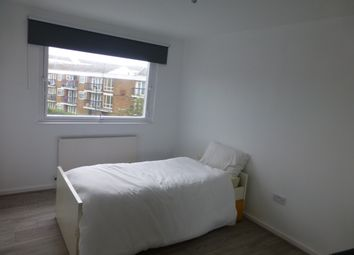 Thumbnail 2 bedroom flat for sale in Daubeney Road, Hackney London