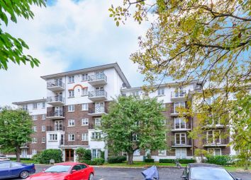 Thumbnail 2 bed flat to rent in Fulham, London