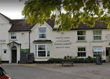 Thumbnail Pub/bar for sale in Chequers Lane, Fladbury, Pershore