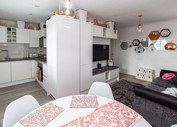 Roche Close, Rochford SS4. 2 bed flat