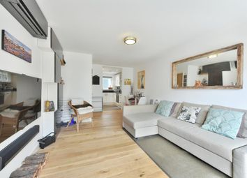 Thumbnail 1 bed flat to rent in Wharncliffe Mews, Clapham