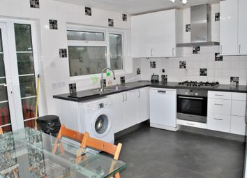 Thumbnail 3 bedroom detached house to rent in Valley Road, Kenley