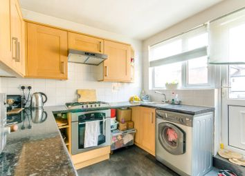 3 bed maisonette for sale in High Road, North Finchley, London N12