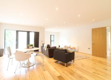 Thumbnail 3 bed flat to rent in Boleyn Road, Dalston