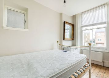 Thumbnail 1 bed flat for sale in Cambridge Gardens, North Kensington