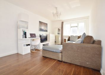 Thumbnail 1 bed flat to rent in Farthings Close, Chingford