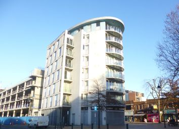 Thumbnail 2 bed flat to rent in North Street, Romford