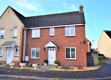 Thumbnail 3 bed property to rent in Goldfinch Close, Bicester, Oxon
