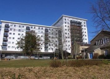 Thumbnail 2 bed flat to rent in New Road, Brentwood