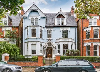Bassett Road, London W10. 3 bed flat