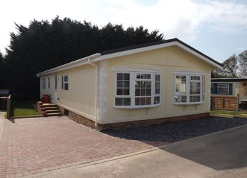 Thumbnail 2 bedroom property for sale in Hillcrest Caravan Site Manor Road, Woodside, Luton