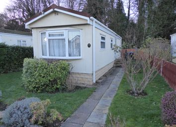Thumbnail 2 bedroom mobile/park home for sale in Meadowlands Park, Addlestone, Surrey