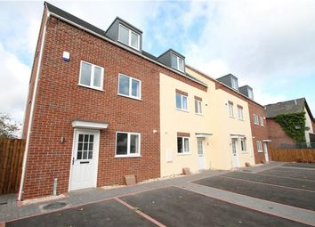 Thumbnail 3 bed town house to rent in Evesham Road, Redditch
