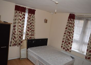 Thumbnail 3 bed terraced house to rent in Ring House, Sage Street, London