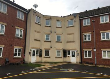 Thumbnail 2 bed flat to rent in Pintail Close, Scunthorpe