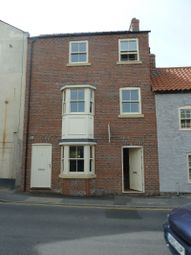 Thumbnail 1 bed flat to rent in Church Street, Louth