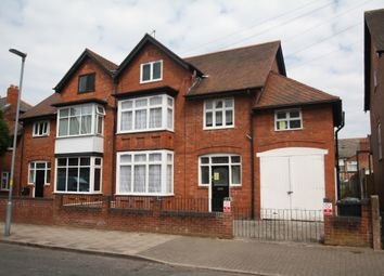 Thumbnail 2 bed flat to rent in Whitehall Road, Birmingham
