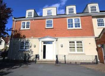 2 bed flat for sale in High Street, Billericay, Essex CM12