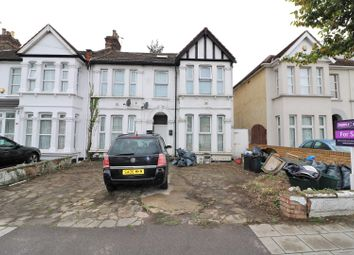 Thumbnail 2 bedroom flat for sale in Goodmayes Lane, Ilford