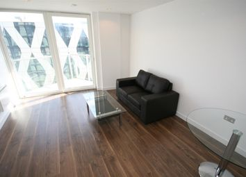 1 bed flat to rent in Number One, Media City UK, Salford M50