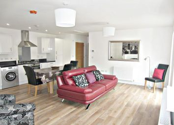 Thumbnail 2 bed flat to rent in Chivers Street, Bath
