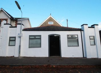 Thumbnail 4 bedroom villa for sale in Carlyle Road, Kirkcaldy