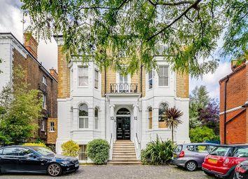 Queens Road, Richmond, Surrey TW10. 2 bed flat for sale
