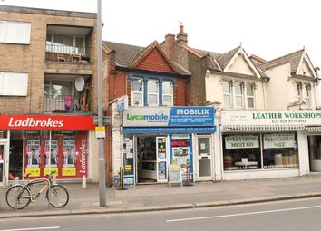 Thumbnail 2 bedroom flat to rent in Chingford Mount Road, Chingford, London
