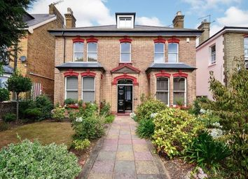 Pelham Road, Gravesend, Kent, England DA11. 6 bed detached house