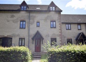Thumbnail 2 bedroom flat to rent in Lakeside, Ducklington Lane, Witney