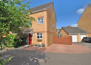 Thumbnail 3 bed property for sale in Station Close, Henlow