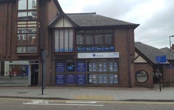 Thumbnail Office to let in 83 High Street, Chatham