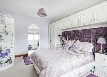 Thumbnail 4 bed property for sale in Farley Road, Selsdon, South Croydon