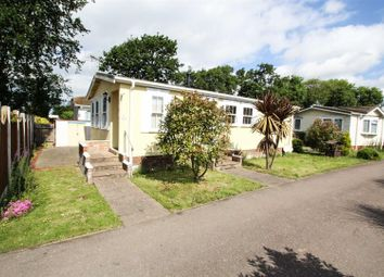 2 bed mobile/park home for sale in Sacketts Grove Caravan Park, Jaywick Lane, Clacton-On-Sea CO16