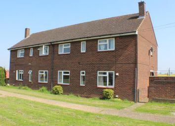 3 bed semi-detached house to rent in Dawson Close, Henlow SG16