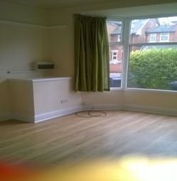 Thumbnail 3 bedroom flat to rent in Westcotes Drive, Leicester